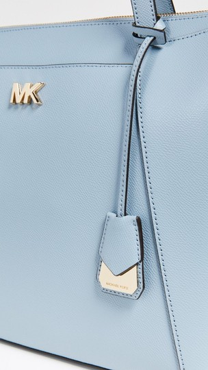 MICHAEL Michael Kors Tote in PALE BLUE