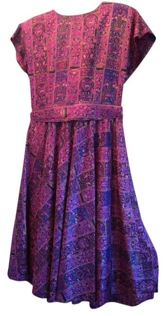 Preload https://img-static.tradesy.com/item/22149994/fuscia-silk-thai-mid-length-cocktail-dress-size-8-m-0-1-650-650.jpg