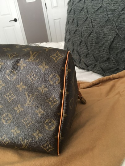 Louis Vuitton Lv 35 Speedy Good Condition Tote in Monogram Image 4