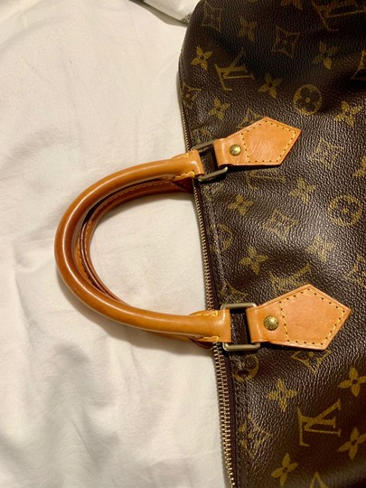 Louis Vuitton Lv 35 Speedy Good Condition Tote in Monogram Image 6