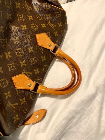 Louis Vuitton Lv 35 Speedy Good Condition Tote in Monogram Image 7