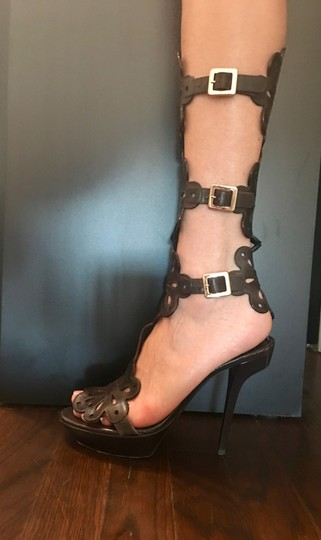 Roger Vivier Gladiator Leather Brown Sandals