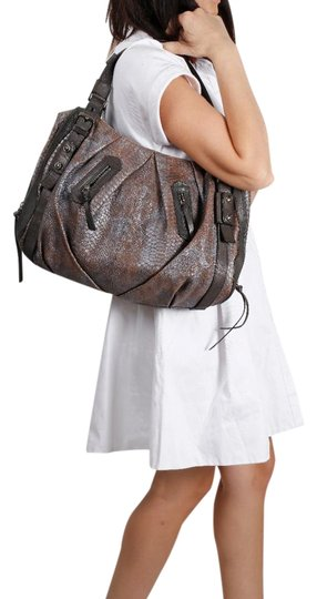 Preload https://img-static.tradesy.com/item/22151572/michele-rusted-gray-leather-satchel-0-2-540-540.jpg