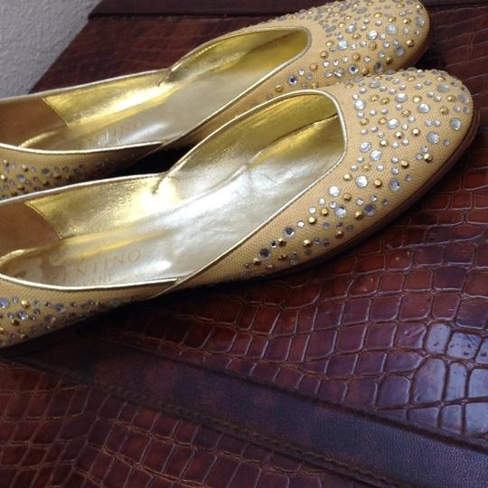 Valentino Beige and gold Flats