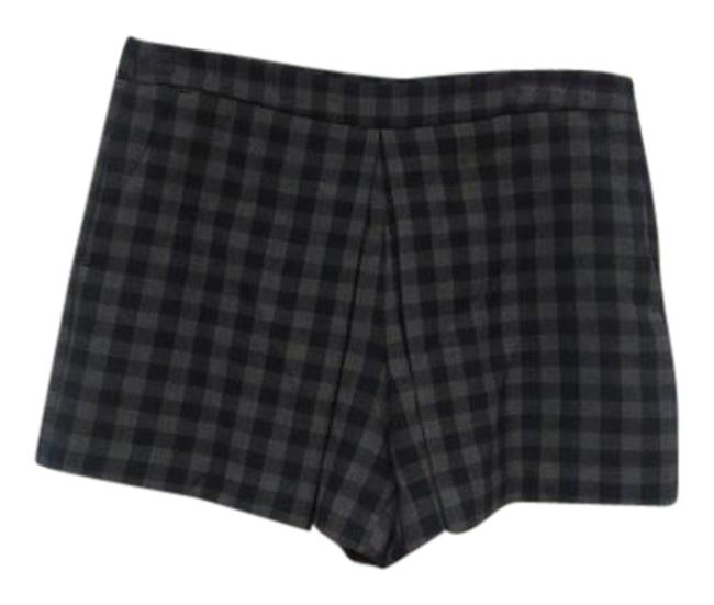 Preload https://img-static.tradesy.com/item/22152578/zara-blue-gray-pleated-gingham-minishort-shorts-size-10-m-31-0-1-650-650.jpg