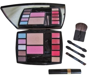 Chanel CHANEL TRAVEL PALETTE