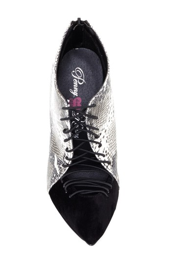 Penny Loves Kenny Sneakers Boots Size 8.5 Size 8 BLACK Pumps