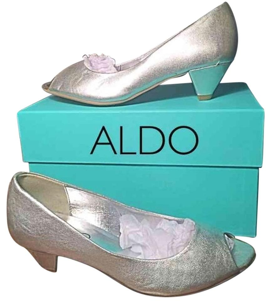 97750d81831 ALDO Shoes - Up to 90% off at Tradesy