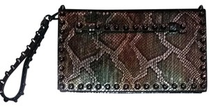 Sorial Olive Clutch