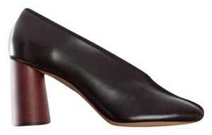Cline Black Pumps