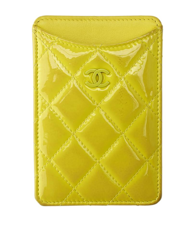 9cdedfa678f8 Chanel Chanel Yellow Quilted Patent Leather Card Case (135701) Image 0 ...