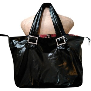 Tracey Vest Glamourous Tote in Black Patent Leather