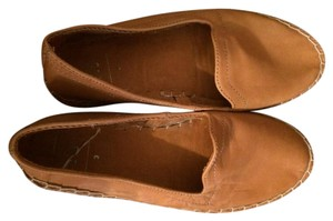 Gap Leather Comfortable Light Brown Flats