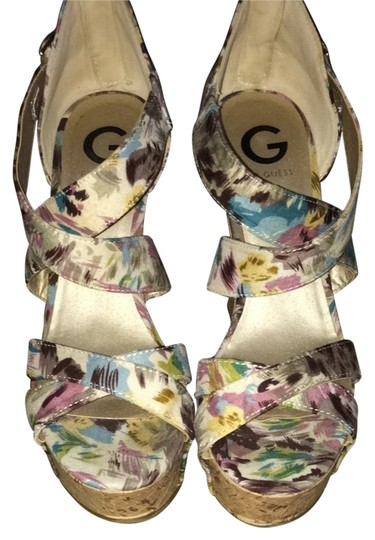 Preload https://item2.tradesy.com/images/guess-floral-print-wedges-2216436-0-0.jpg?width=440&height=440