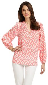 Lilly Pulitzer Elsa Chevron Long Sleeve Get Your Chev On Top Yummy Melon (Coral)