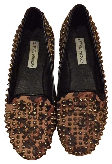 Preload https://img-static.tradesy.com/item/2216591/steve-madden-loafers-studly-leopard-flats-size-us-7-narrow-aa-n-0-0-540-540.jpg