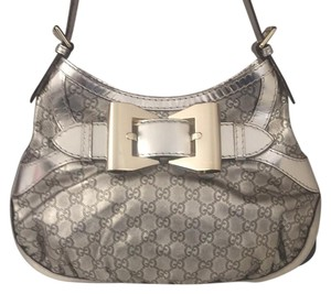 Gold Gucci Bags - Up to 90% off at Tradesy de0f785ac5705