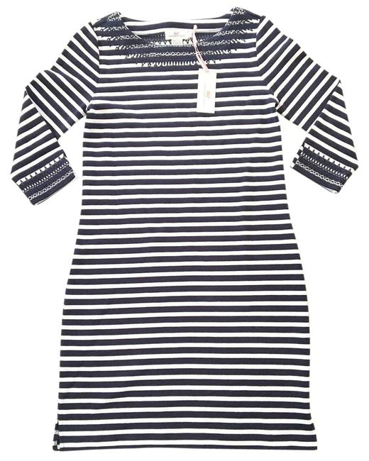 Preload https://item4.tradesy.com/images/vineyard-vines-striped-mid-length-short-casual-dress-size-6-s-22166178-0-1.jpg?width=400&height=650