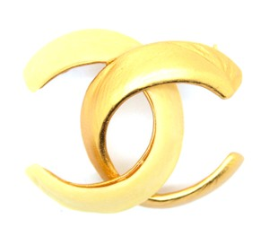 Chanel #14403 CC large gold and ivory hardware brooch pin charm