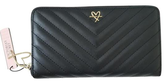 Preload https://img-static.tradesy.com/item/22167261/victoria-s-secret-black-love-logo-quilted-continental-zip-around-long-wallet-0-1-540-540.jpg