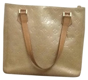 Louis Vuitton Tote in light green