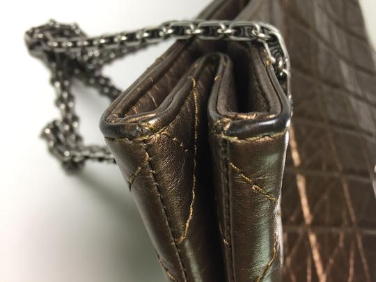 Chanel Leather Crinkle Chain Tote in Bronze Image 11