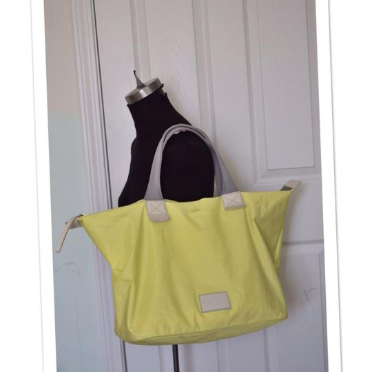 Marc by Marc Jacobs Tote in light neon green Image 1