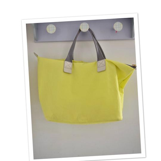 Marc by Marc Jacobs Tote in light neon green Image 8