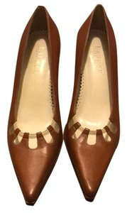 Ralph Lauren beige Pumps