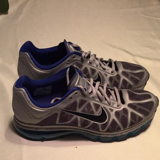 Nike Gray And Blue Athletic
