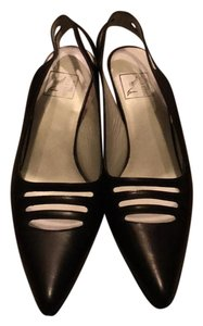 Reed Evins black Pumps