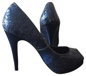 Michael Antonio Pumps