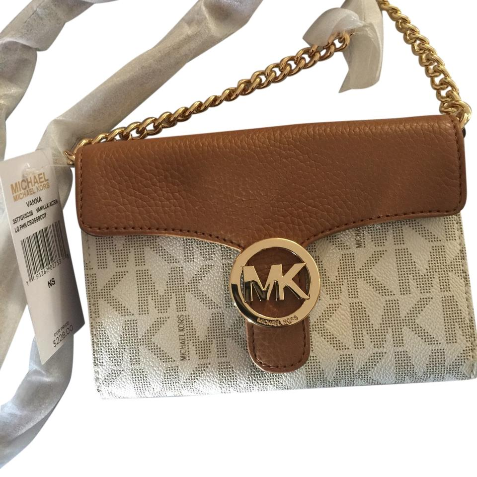 295f31d29fe7 Michael Kors Phone Cream/Tan Leather Strap & Flap with Touch Of Gold Chain Cross  Body Bag