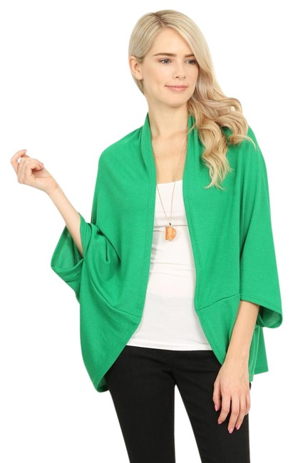 Preload https://img-static.tradesy.com/item/22170364/green-open-front-dolman-cardigan-ponchocape-size-os-one-size-0-1-650-650.jpg