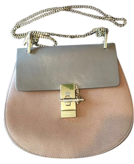 Preload https://img-static.tradesy.com/item/22170387/chloe-drew-small-motty-grey-grained-and-smooth-calfskin-leather-shoulder-bag-0-2-540-540.jpg