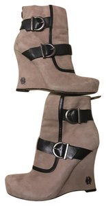 House of Harlow 1960 Arissa Suede Leather Buckle Hoh taupe Boots