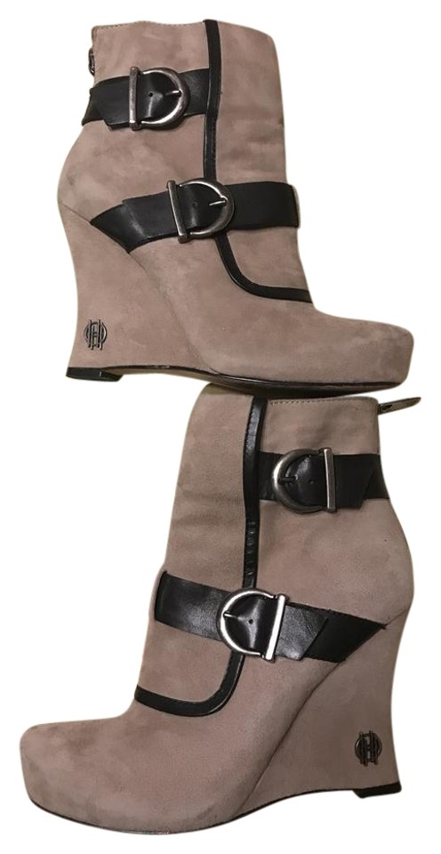 7a1cad173e7 House of Harlow 1960 Taupe Arissa Wedge Boots Booties Size EU 36.5 ...