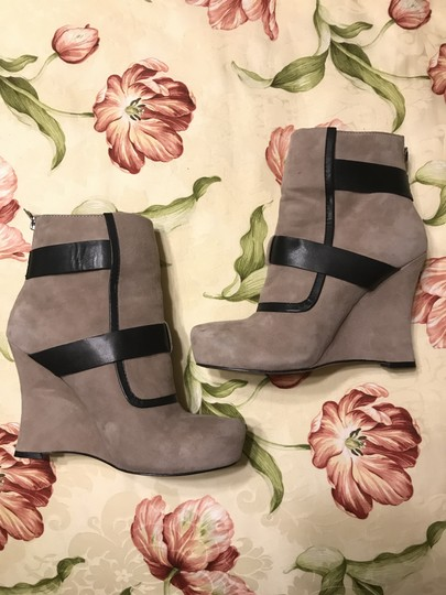 House of Harlow 1960 Arissa Suede Leather Buckle Hoh taupe Boots Image 2