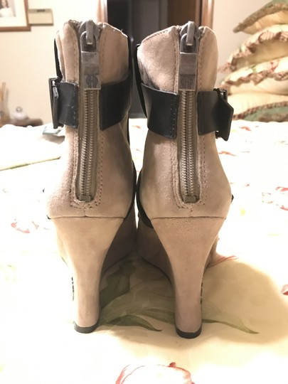 House of Harlow 1960 Arissa Suede Leather Buckle Hoh taupe Boots Image 7