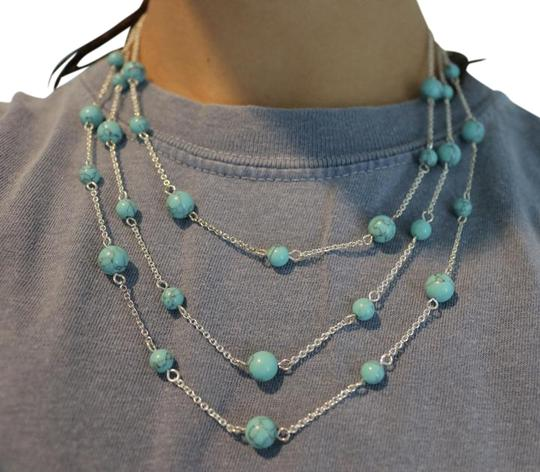 Preload https://img-static.tradesy.com/item/22171085/turquoise-and-silver-layered-necklace-0-1-540-540.jpg