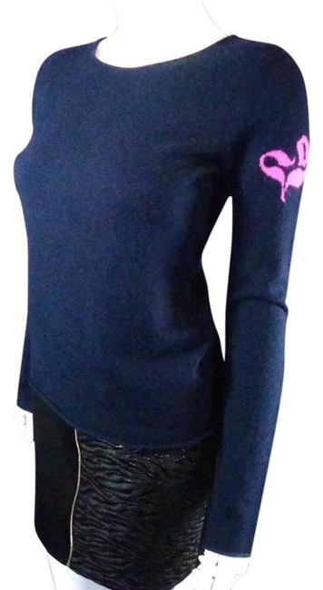 Item - Cashmere Navy Blue Sweater