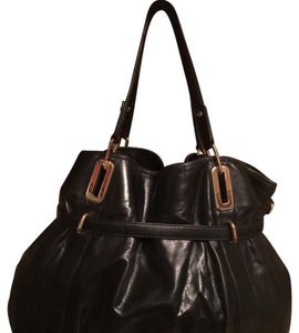 DKNY Bags - Up to 90% off at Tradesy 47077575dc185