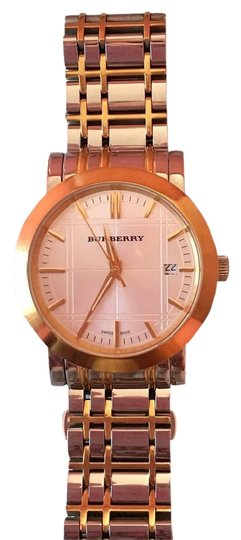 Preload https://img-static.tradesy.com/item/22171453/burberry-gold-and-silver-two-tones-men-s-heritage-bu1358-watch-0-10-540-540.jpg