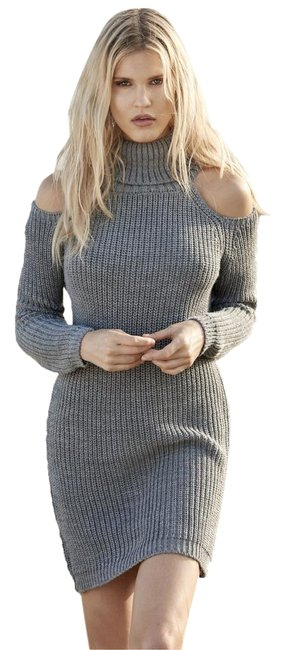 Preload https://img-static.tradesy.com/item/22171893/elan-grey-high-neck-open-shoulder-sweater-short-casual-dress-size-10-m-0-1-650-650.jpg