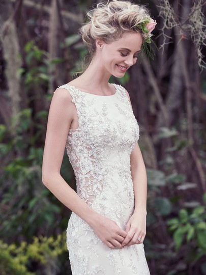 Maggie Sottero Champagne/ Pewter Accent Beaded Lace Applique Aspen Vintage Wedding Dress Size 6 (S) Image 2
