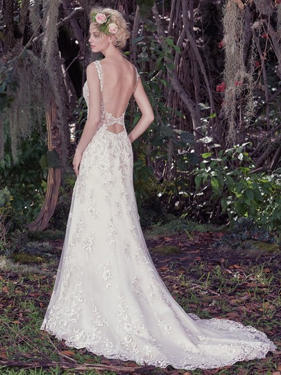 Maggie Sottero Champagne/ Pewter Accent Beaded Lace Applique Aspen Vintage Wedding Dress Size 6 (S) Image 3