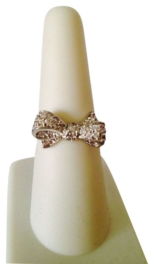 Other NWOT White Cubic Zirconia Bow Silver-Tone Ring, Size 7