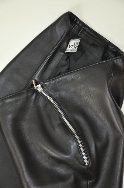 Versace Leather High Waisted Zipper Detail Straight Pants Black Image 3