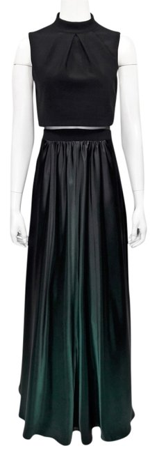 Item - Green Ombre' S/L Cropped Popover Faux Two-piece Ballgown Long Formal Dress Size 6 (S)