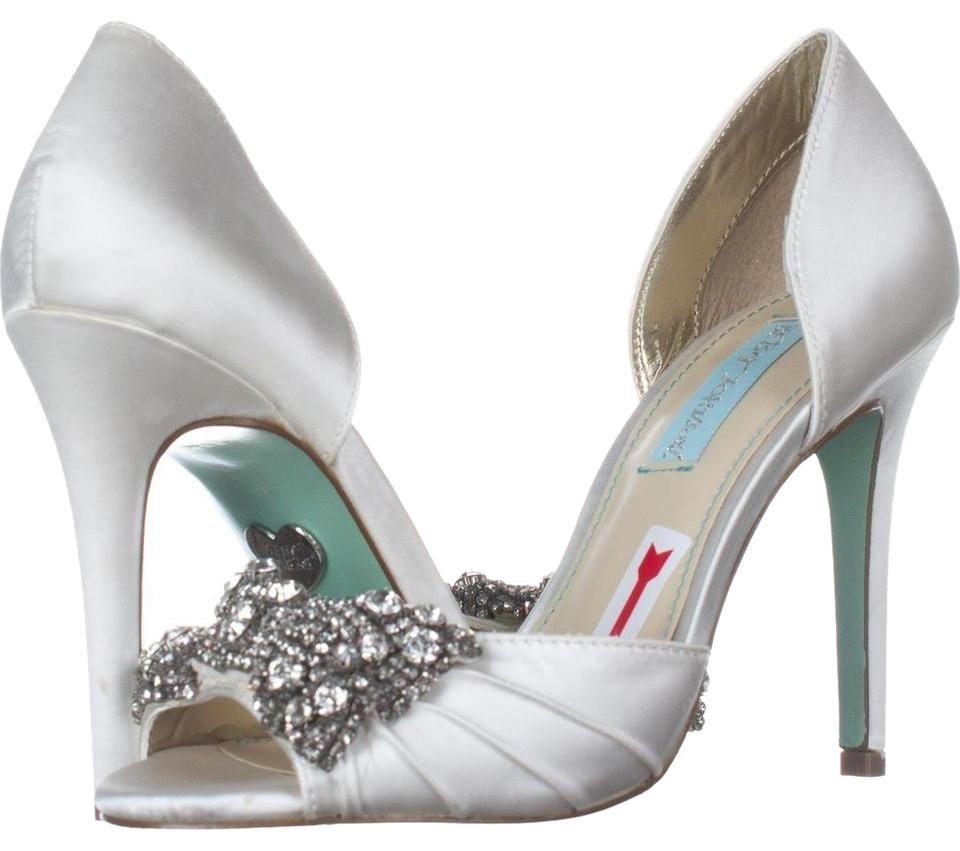 Betsey Johnson Beige Blue By Gown Dress Sandals Ivory Pumps Size US ...